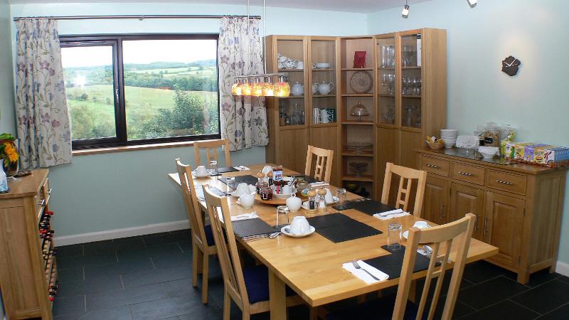 Dinning room3